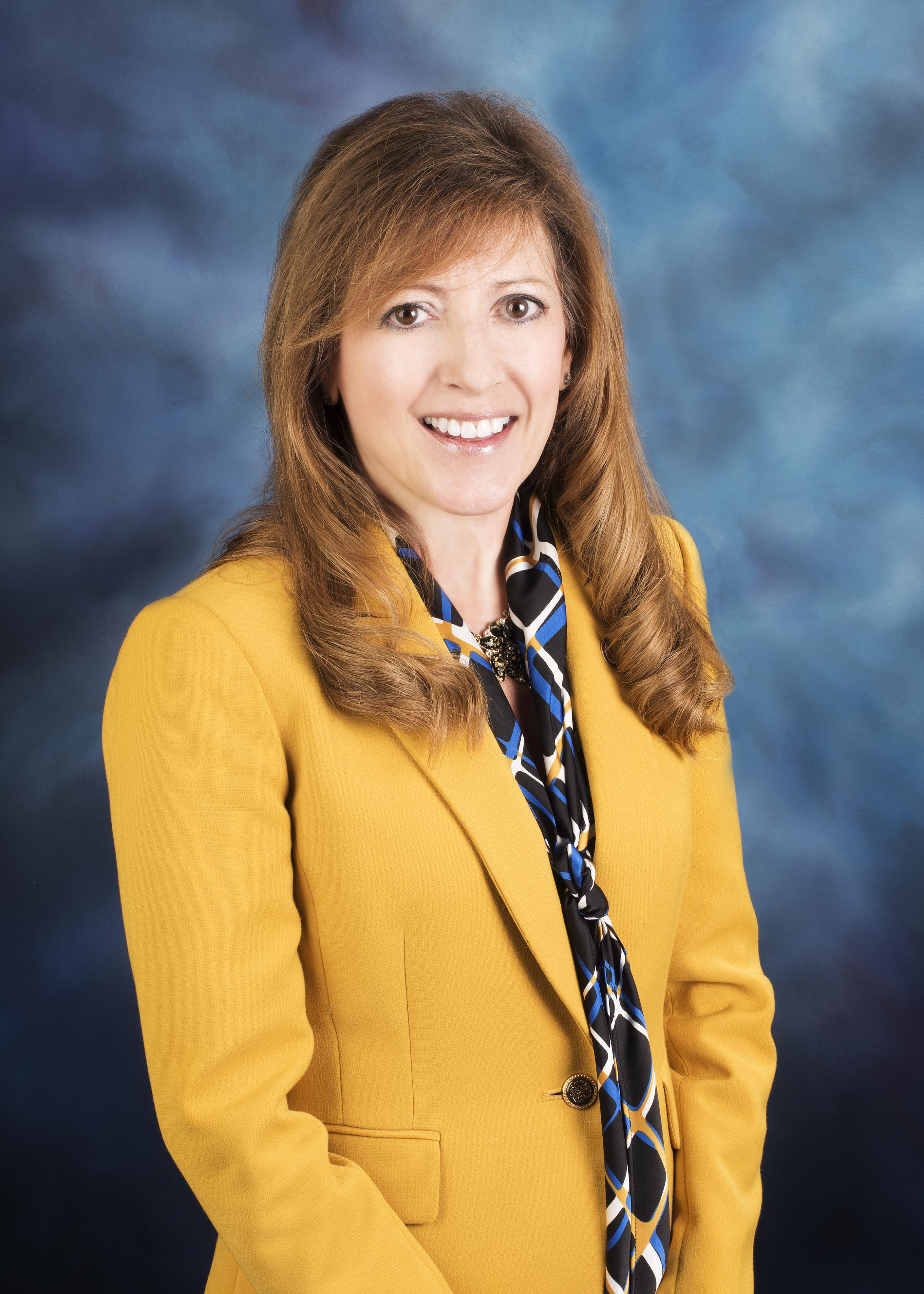 State Senator Linda Holmes